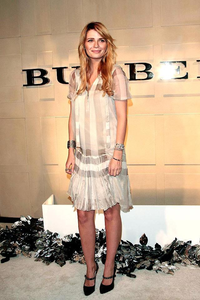 "Mischa Barton fails to impress in this flimsy dud of a dress. <a href=""http://www.infdaily.com"" target=""new"">INFDaily.com</a> - October 20, 2008"