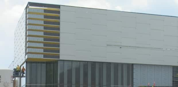 The Lancer Centre is still under construction. The University of Windsor and the city of Windsor have a tentative agreement to allow city pool users to use the pool at the Lancer Centre once it opens.
