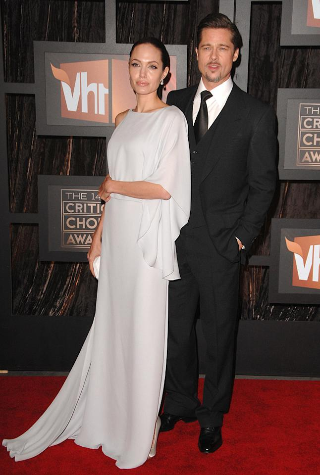 "<a href=""http://movies.yahoo.com/movie/contributor/1800019275"">Angelina Jolie</a> and <a href=""http://movies.yahoo.com/movie/contributor/1800018965"">Brad Pitt</a> at the 14th Annual Critics' Choice Awards in Santa Monica - 01/08/2009"