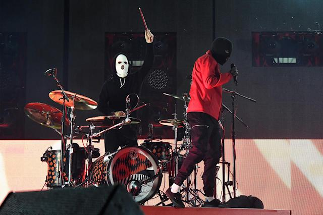 <p>Josh Dun (L) and Tyler Joseph of Twenty One Pilots perform onstage during the 2017 Firefly Music Festival on June 16, 2017 in Dover, Delaware. (Photo by Kevin Mazur/Getty Images for Firefly) </p>