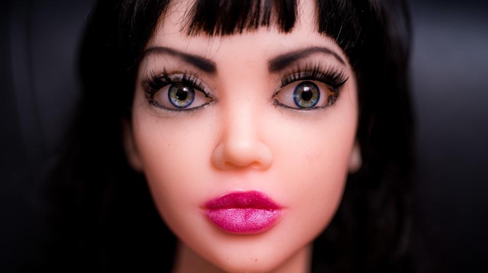 A nondescript Toronto shopping plaza is set to welcome a new tenant in the shape of a sex doll brothel