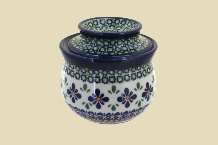"""<p>The prettiest decorated stoneware crock, this patterned option is made in Poland. It's dishwasher safe for easy cleaning.</p> <p><em><strong>Shop Now: </strong>Blue Rose Polish Pottery Mosaic Flower French Butter Dish, $68, <a href=""""http://goto.target.com/c/249354/81938/2092?subId1=MSLWhyEveryHomeCookShouldOwnaButterCrockPlusOurFavoriteOptionsontheMarketRightNowvspence2FooGal7844477202007I&u=https%3A%2F%2Fwww.target.com%2Fp%2Fblue-rose-polish-pottery-mosaic-flower-french-butter-dish%2F-%2FA-80239041"""" rel=""""nofollow noopener"""" target=""""_blank"""" data-ylk=""""slk:target.com"""" class=""""link rapid-noclick-resp"""">target.com</a>.</em></p>"""