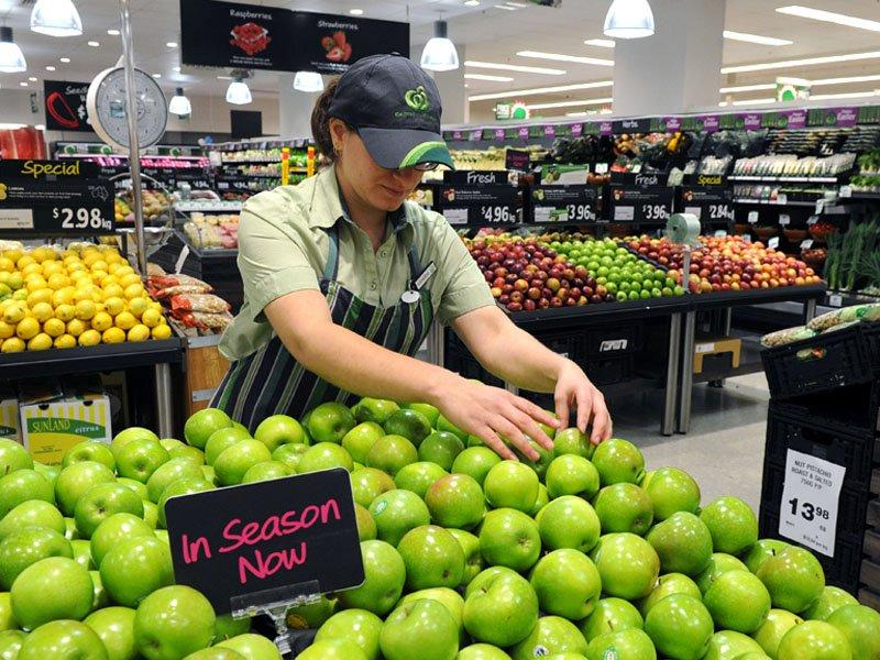 Woolworths sales up despite price war