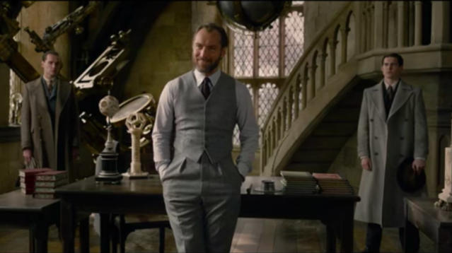 'Fantastic Beasts: The Crimes Of Grindelwald' Heads To Hogwarts In First Trailer