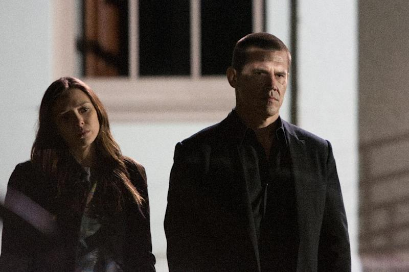 """This image released by FilmDistrict Pictures shows Elizabeth Olsen, left, and Josh Brolin in a scene from """"Oldboy."""" (AP Photo/FilmDistrict Pictures, Hilary Bronmyn Gayle)"""
