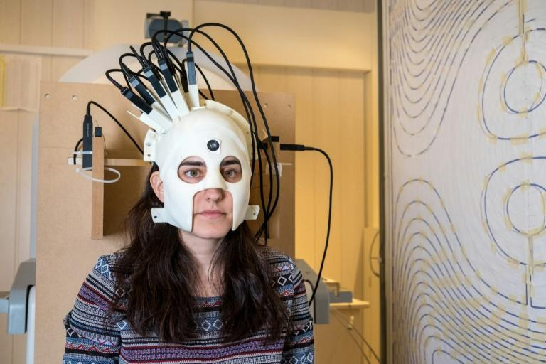 Thge next-generation wearable brain scanner allows patients to move freely instead of forcing them to stay immobile