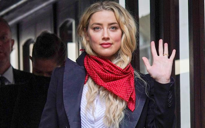 Amber Heard regularly threw objects at Johnny Depp, the court heard - Paul Grover