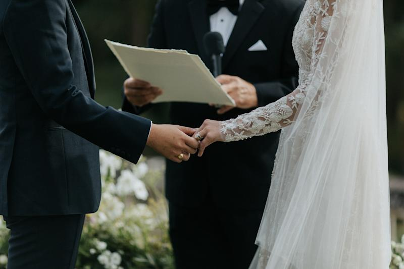 5 Couples Who Majorly Regretted Having a Friend Officiate Their Wedding