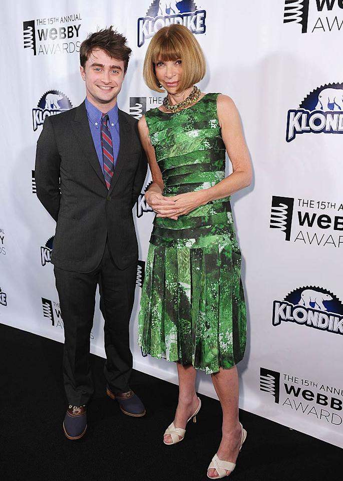 """Was actor Daniel Radcliffe getting fashion advice from <i>Vogue</i> editor-in-chief Anna Wintour? Wonder what she thought of those navy shoes ... Michael Loccisano/<a href=""""http://www.gettyimages.com/"""" target=""""new"""">GettyImages.com</a> - June 13, 2011"""