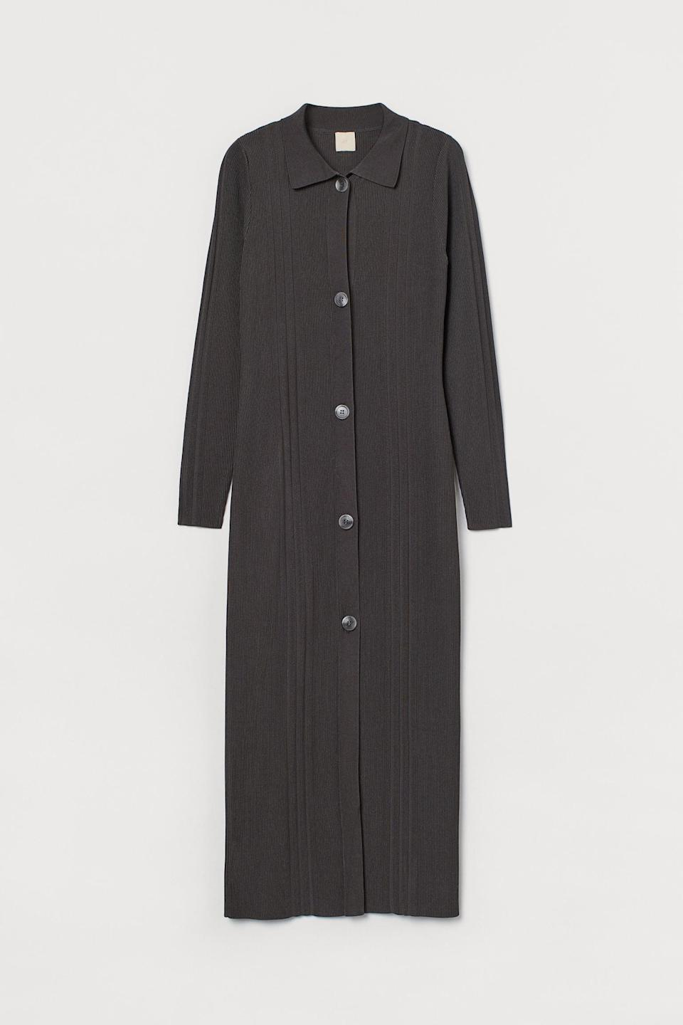 <p>Who doesn't love a formfitting, structured <span>Rib-Knit Dress</span> ($60)?</p>