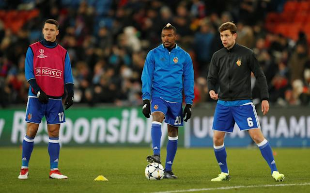 Soccer Football - Champions League - Basel vs Manchester City - St. Jakob-Park, Basel, Switzerland - February 13, 2018 (L - R) Basel's Marek Suchy, Serey Die and Fabian Frei warm up before the match Action Images via Reuters/Andrew Boyers