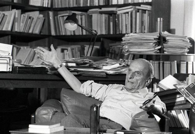 Turin, Italy, July 1983: The Italian philosopher Norberto Bobbio in his home. (Photo by Vittoriano Rastelli/Getty Images) (Photo: Vittoriano Rastelli via Getty Images)