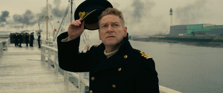 Commander Bolton (Kenneth Branagh) in