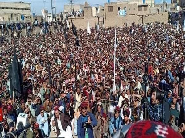 Thousands of people participated at the Pashtun Tahafuz Movement (PTM) rally in Chaman on Friday. (Photo credit: Twitter/Mohsin Dawar)