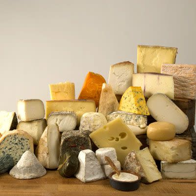 "<p>For the cheese lover comes Murray's marvelous mailing. Each month includes 1.5 pounds of tart, crumbly, and creamy cheeses in a variety of milk types (cow, goat, or sheep), textures (soft, hard, or medium), and flavor profiles. The assortment often is exclusive to cheese-of-the-month members. (If you need some stocking stuffers, shop these <a href=""https://www.delish.com/holiday-recipes/g4456/cheese-gifts/"" rel=""nofollow noopener"" target=""_blank"" data-ylk=""slk:gifts perfect for cheese lovers"" class=""link rapid-noclick-resp""><strong>gifts perfect for cheese lovers</strong></a>.)</p><p><strong><a class=""link rapid-noclick-resp"" href=""https://go.redirectingat.com?id=74968X1596630&url=https%3A%2F%2Fwww.murrayscheese.com%2Fmonthly-clubs%23com&sref=https%3A%2F%2Fwww.delish.com%2Fholiday-recipes%2Fchristmas%2Fg59%2Ffood-of-the-month-clubs%2F"" rel=""nofollow noopener"" target=""_blank"" data-ylk=""slk:BUY NOW"">BUY NOW</a><em> 3-Month Subscription</em></strong><span class=""redactor-invisible-space""><em><strong>, $175, </strong></em></span><em><strong>murrayscheese.com</strong></em><br></p>"