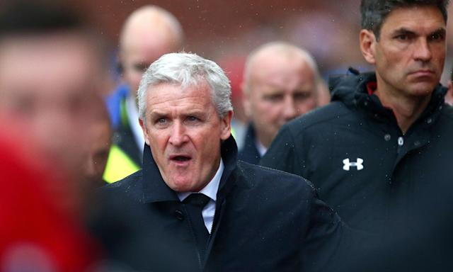 Mark Hughes and the man he succeeds at Southampton, Mauricio Pellegrino, during a game earlier this season.
