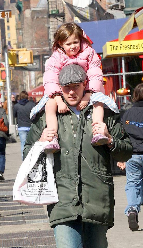 "Ed gives little Grace a lift home. Supermodel Christy Turlington is waiting for them! Lawrence Schwartzwald/<a href=""http://www.splashnewsonline.com/"" target=""new"">Splash News</a> - March 30, 2008"