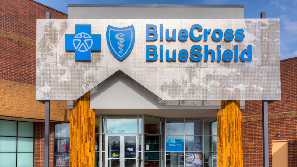 MINNEAPOLIS, MN/USA - MARCH 19, 2017: Blue Cross Blue Shield exterior and logo.
