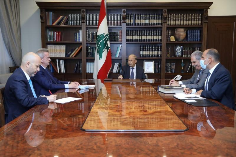 FILE PHOTO: Lebanon's President Michel Aoun meets with Lebanon's Central Bank Governor Riad Salameh at the presidential palace in Baabda