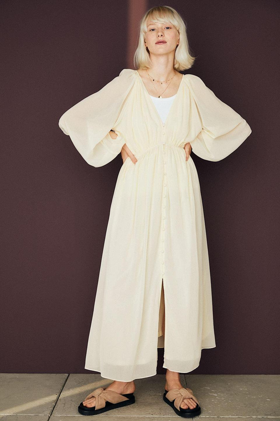 <p>This <span>Long Chiffon Dress</span> ($50) pairs well with spontaneous dinner plans. The crinkled chiffon fabric looks relaxed but elevated, while the balloon sleeves add drama in the best possible way.</p>