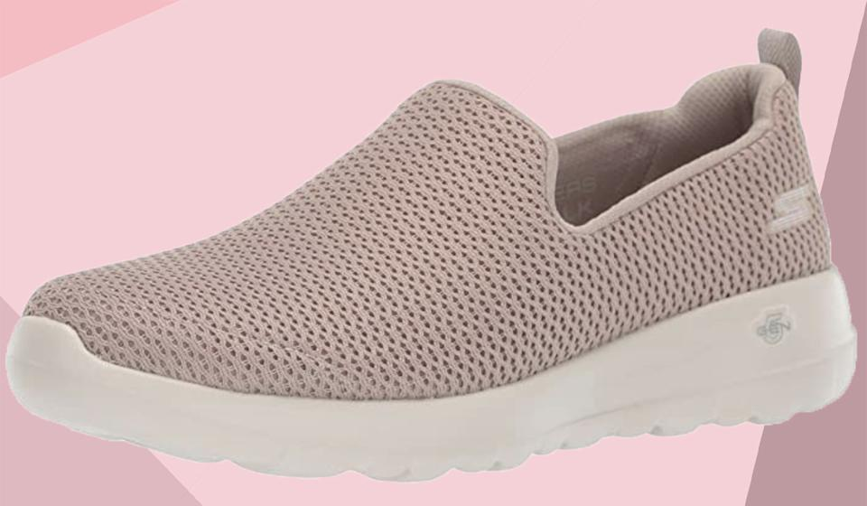 Save 40 percent on these Skechers walking shoes. (Photo: Amazon)
