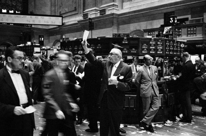 Market data snafu presents headaches for traders during wild week