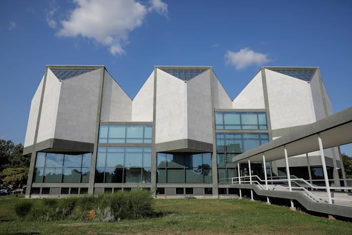 The Museum of Contemporary Art stands in Belgrade, Serbia. (Photo: Marko Djurica/Reuters)