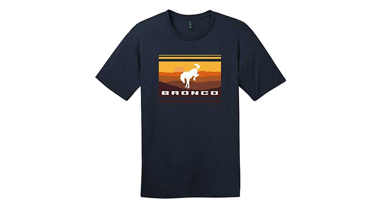 "<p>A majority of our list is apparel, and we start with this simple sunset tee that speaks for itself.</p> <p> </p> <p><iframe style=""width:120px;height:240px;"" frameborder=""0"" marginwidth=""0"" marginheight=""0"" scrolling=""no""></iframe></p><h2></h2><ul><li><a href=""https://www.motor1.com/news/431995/watch-2021-ford-bronco-debut-july-13/?utm_campaign=yahoo-feed"">How To Watch The 2021 Ford Bronco Debut On July 13</a></li><br><li><a href=""https://www.motor1.com/news/432769/2021-ford-bronco-spy-shots-interior/?utm_campaign=yahoo-feed"">2021 Ford Bronco Spy Shots Reveal Off-Roader's Interior</a></li><br></ul>"
