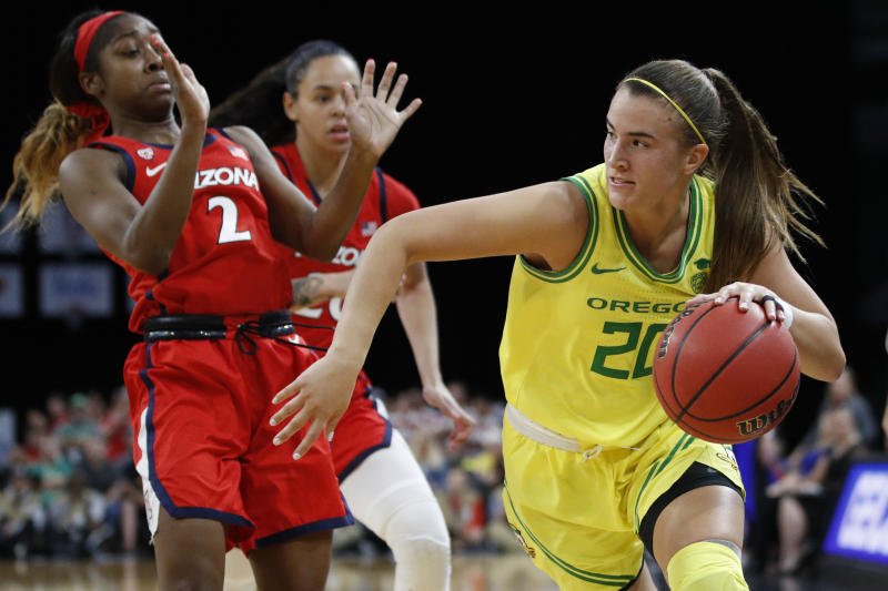 Ionescu leads No. 3 Oregon past No. 13 Arizona 88-70