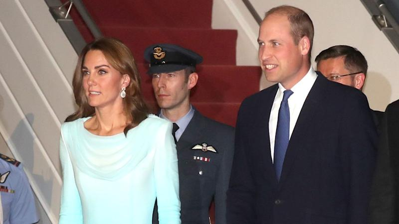 Kate Middleton Stuns in Turquoise Blue Gown as She and Prince William Arrive in Pakistan: Pics