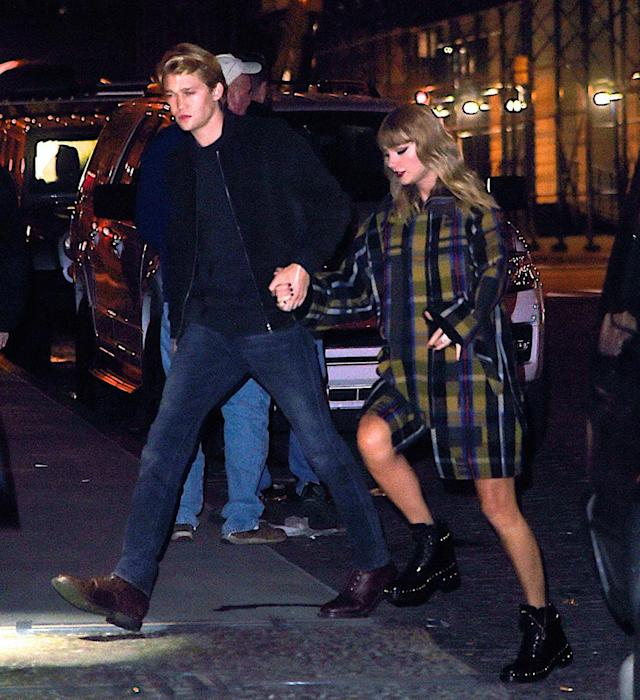 """<p>After her high-profile romance with Tom Hiddleston, Swift went in the opposite direction with her current flame. The singer and the British actor have kept their romance <a href=""""https://www.yahoo.com/entertainment/taylor-swift-boyfriend-joe-alwyn-121251692.html"""" data-ylk=""""slk:extremely private;outcm:mb_qualified_link;_E:mb_qualified_link"""" class=""""link rapid-noclick-resp"""">extremely private</a>, but anyone who has listened to """"Reputation"""" knows she's completely head over heels for her boyfriend. (Photo: Splash News) </p>"""