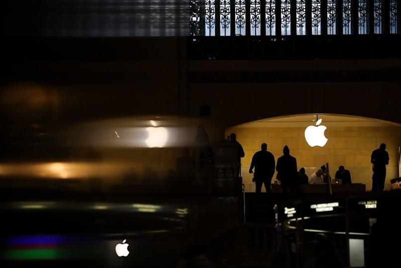 People shop in an Apple retail store in Grand Central Terminal, January 29, 2019 in New York City. (Photo by Drew Angerer/Getty Images)