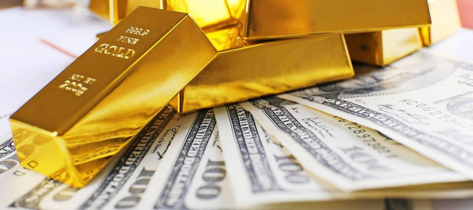 Gold sinks: Here's why the yellow metal could double and the best ways to buy it