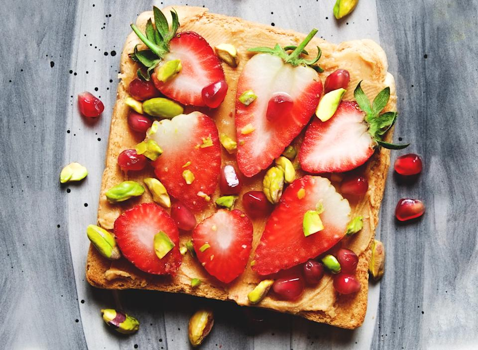 peanut butter toast strawberries pistachios