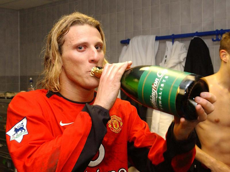 Forlan's career at United never quite took off (Man Utd via Getty)