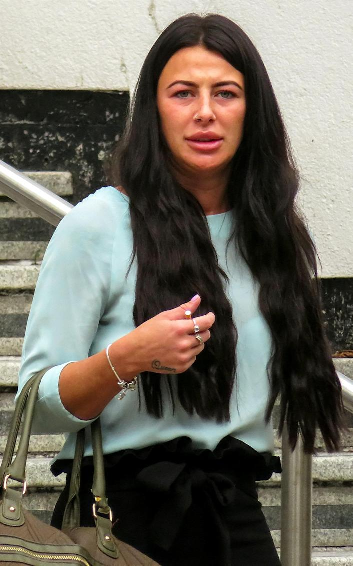 Chloe Morris removed her shoes to carry out the attack outside a pub in Nuneaton, Warwickshire. (SWNS)