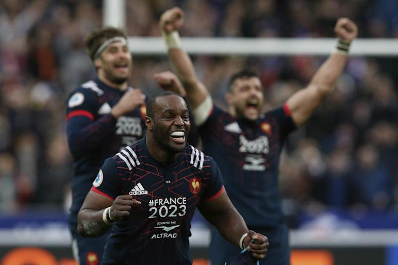 France's Eddy Ben Arous celebrates the 20-18 victory after a Six Nations rugby union international match between France and Wales at the Stade de France stadium, in Saint Denis, north of Paris, Saturday, March 18, 2017. (AP Photo/Thibault Camus)
