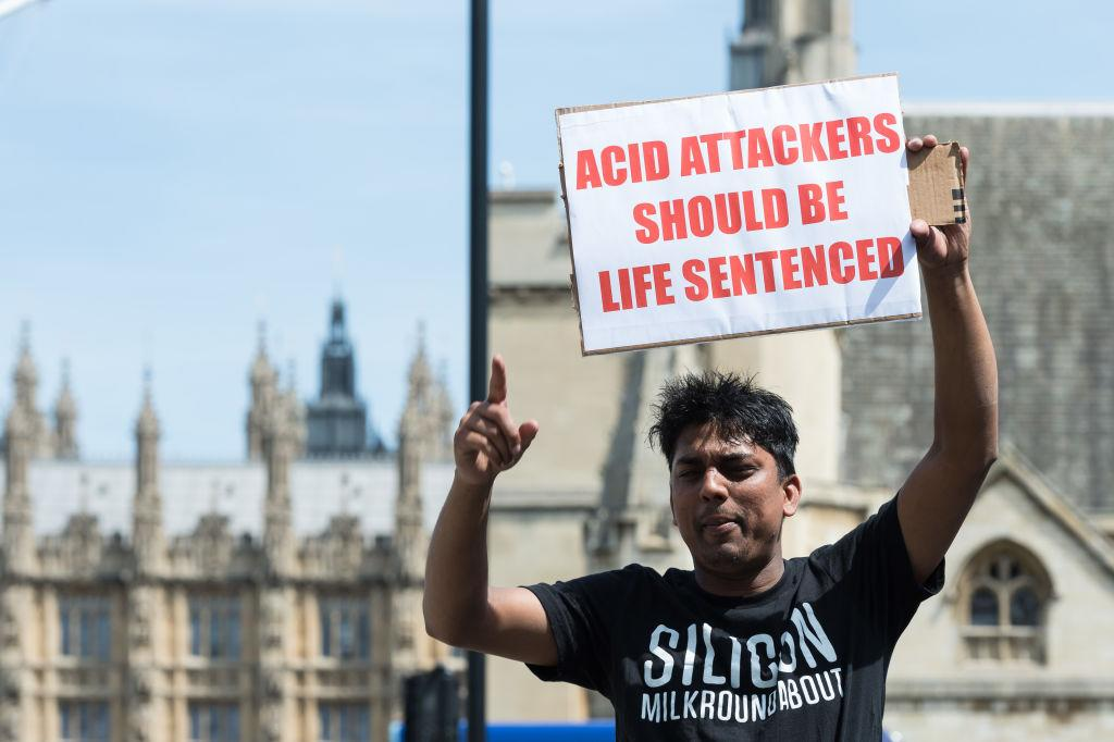 "<p><span>The number of acid attacks in the UK has increased in recent years, usually linked to robberies, gang violence and domestic abuse. In July, </span><a rel=""nofollow"" href=""https://uk.news.yahoo.com/five-acid-attacks-90-minutes-carried-men-moped-081118574.html""><span>five of the gruesome attacks</span></a><span> were carried out in the space of just 90 minutes by two men on a moped. The spree was just one of example of a number of similar incidents in 2017. Arthur Collins, the former boyfriend of reality TV star Ferne McCann was </span><a rel=""nofollow"" href=""https://uk.news.yahoo.com/ferne-mccanns-ex-boyfriend-arthur-collins-found-guilty-nightclub-acid-attack-144113105.html""><span>found guilty an acid attack</span></a><span> in a London nightclub where more than a dozen people were left injured.</span> </p>"