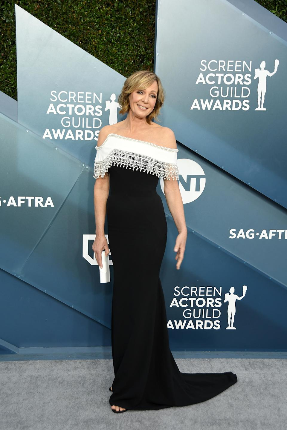 Allison Janney arrives for the 26th Annual Screen Actors Guild Awards at The Shrine Auditorium on January 19, 2020 in Los Angeles, California. (Photo by Sthanlee B. Mirador/Sipa USA)