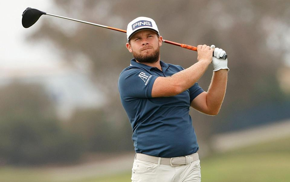 Tyrrell Hatton of England plays his shot from the fifth tee during the second round of the 2021 U.S. Open at Torrey Pines Golf Course (South Course) on June 18, 2021 in San Diego, California - Ezra Shaw/Getty Images)