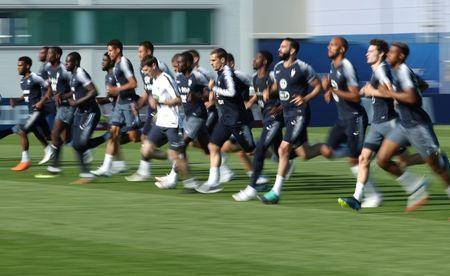 Soccer Football - World Cup - France Training - France Training Camp, Moscow, Russia - June 18, 2018 General view of France's Antoine Griezmann with team mates during training REUTERS/Albert Gea