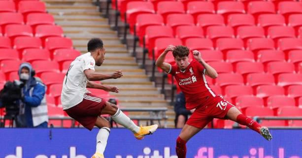 Foot - ANG - Community Shield: Arsenal s'impose aux tirs au but face à Liverpool