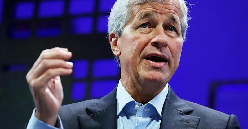 Op-Ed: Sorry, Jamie Dimon's theory about how companies can boost the economy is wrong