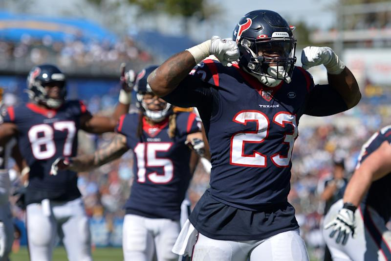 Houston Texans running back Carlos Hyde (23)