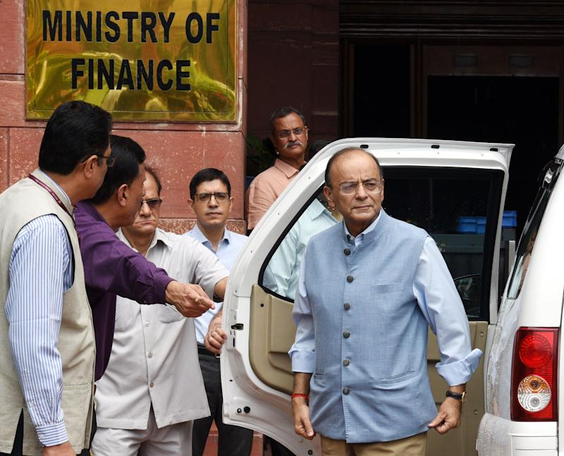 Then Union Finance Minister Arun Jaitley outside the Ministry of Finance on August 23, 2018 in New Delhi. (Photo: Hindustan Times via Getty Images)