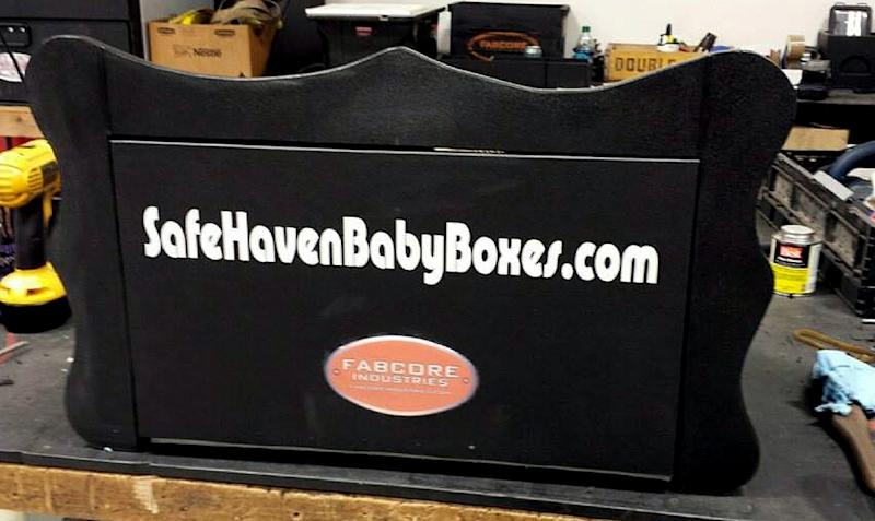 """Photo released by Safehavenbabyboxes.com on March 13, 2015, shows a a prototype """"baby box"""" under construction in Indiana -- for parents who wish to anonymously give up their newborns (AFP Photo/)"""