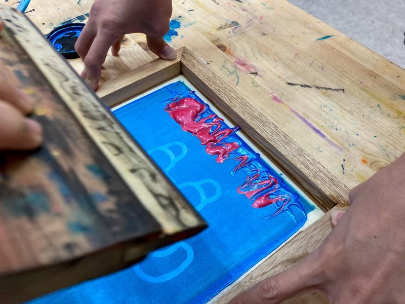 Picture of silkscreen printing process