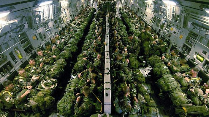 US paratroopers in a C-17, 2004