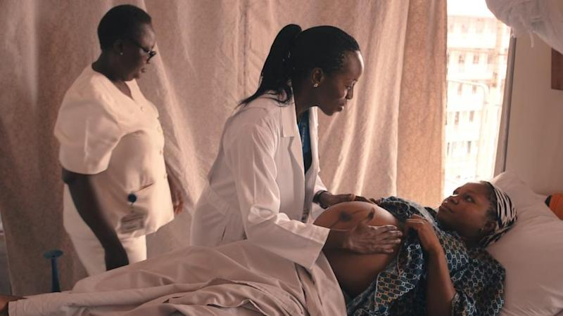 Nigeria pregnant woman examined