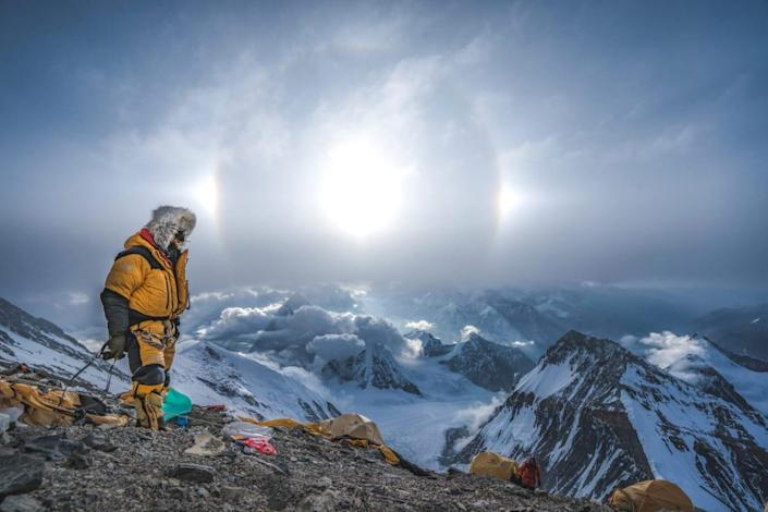 """<div class=""""inline-image__caption""""> <p>Renan Ozturk remains on the mountain after the rest of the team descends, following the hectic search for Sandy Irvine's remains. </p> </div> <div class=""""inline-image__credit""""> National Geographic/Renan Ozturk </div>"""